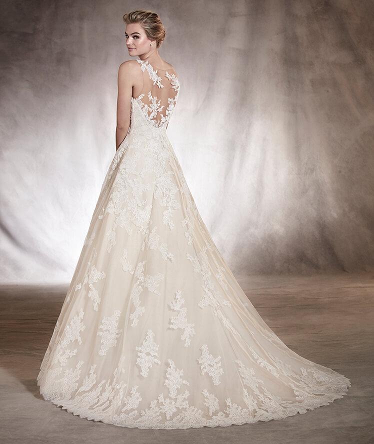 Pronovias Bellissima Bride